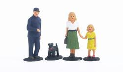 Set of 4 Figures - family of Engine Driver Joseph - 2